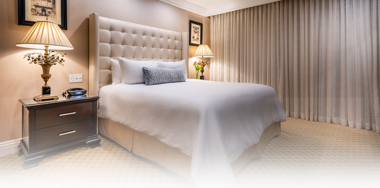 LUXURIOUS SUITE ACCOMMODATIONS OFFER A WEALTH OF AMENITIES PERFECT FOR A ROMANTIC GETAWAY IN TINSELTOWN