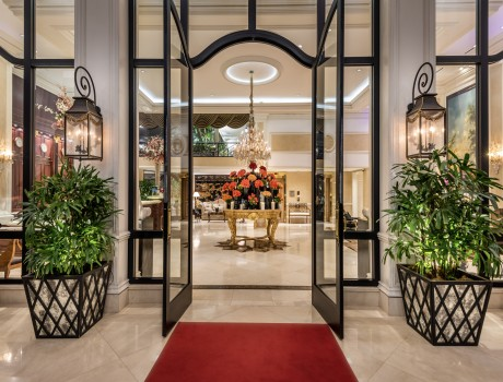 Beverly Hills Plaza Hotel & Spa - Welcome to Beverly Hills Hotel
