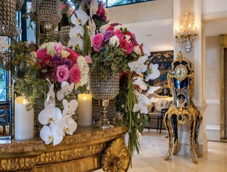 Beverly Hills Plaza Hotel & Spa - Hotel Lobby